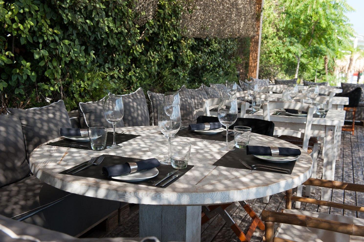 luxury restaurant 2